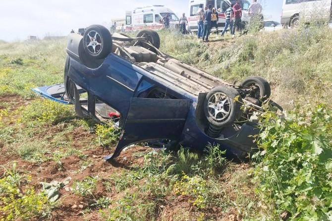 Araç şarampole yuvarlandı: 5 yaralı