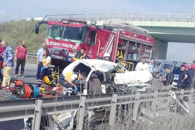 İstanbul Arnavutköy'de trafik kazası: 3 ölü
