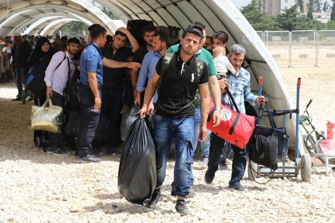 10 bin Suriyeli bayram için ülkesine döndü