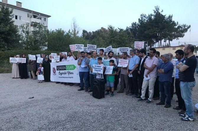 Bolu Cezaevi önünde 28 Şubat protestosu