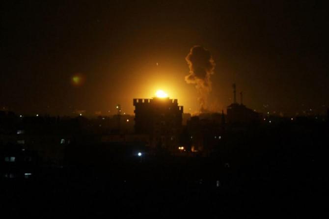 Siyonistler Gazze Şeridi'ne saldırdı: 2 şehit