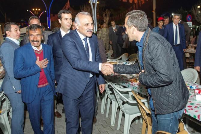 Vali Zorluoğlu Özalp İlçesinde iftar programına katıldı