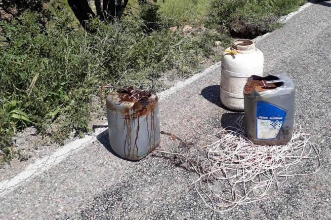 Tunceli-Pülümür Karayolu'nda menfeze yerleştirilmiş EYP düzeneği ele geçirildi