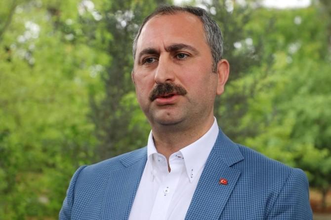 Adalet Bakanı Abdulhamit Gül'den bayram mesajı