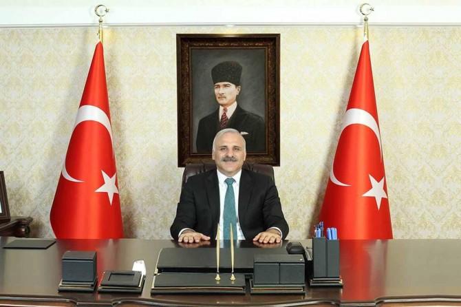 Van Valisi Murat Zorluoğlu'ndan bayram mesajı