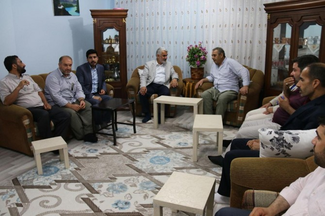 Yapıcıoğlu'ndan şehit ve tutuklu ailelerine bayram ziyareti