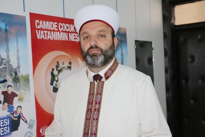 """""""Çocukları camiden ve Kur'an-ı Kerim kurslarından soğutmayalım"""""""