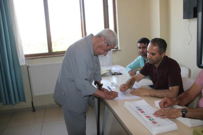 Midyat'ta seçim heyecanı