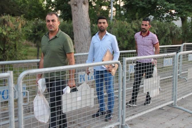 Mardin'de oy çuvalları seçim kuruluna getirildi
