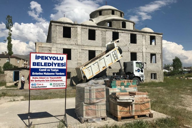 İpekyolu'nda cami ve taziye evlerine destek