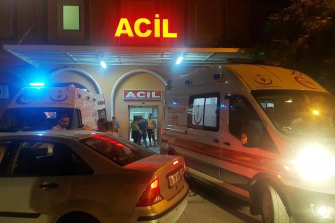 Kızıltepe'de yol kapatan HDP'liler 6 personeli yaraladı