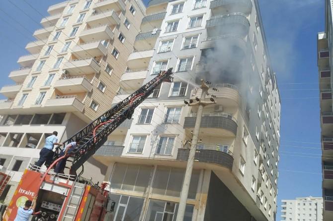 Mardin Artuklu Nur Mahallesinde evde çıkan yangın korkuttu