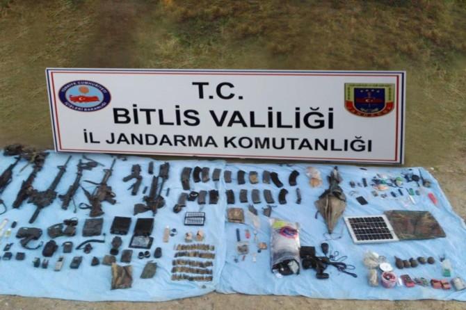 Bitlis Hizan'da PKK'ye ait patlayıcı ve mühimmat ele geçirildi