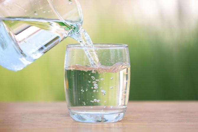 Strese su içerek dur deyin