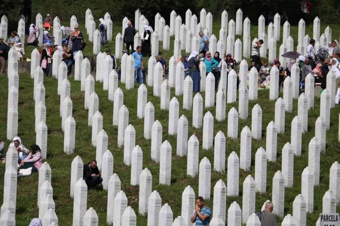 Türkiyeli gençler Srebrenitsa'da