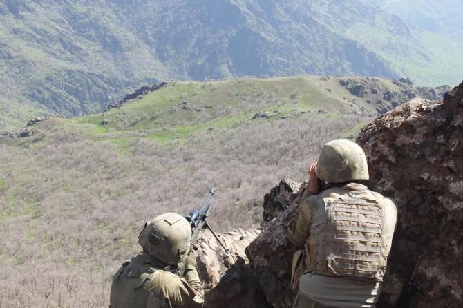 15 askerin hayatını kaybettiği helikopter saldırısının faili öldürüldü