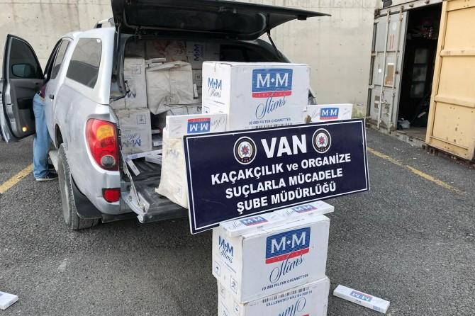 Van'da 16 bin paket kaçak sigara ele geçirildi