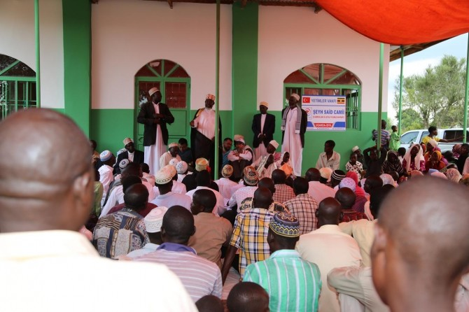 24 Ugandan become Muslim
