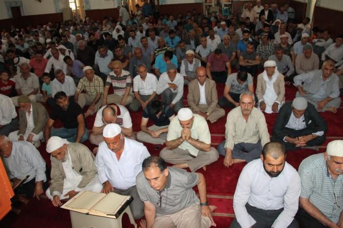 Mardin Kızıltepe'de 15 Temmuz şehitleri için hatmi şerif okundu