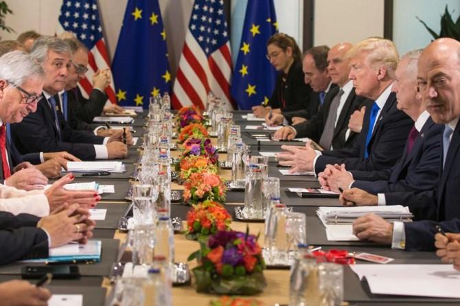 NATO toplantısında askeri harcama çatlağı