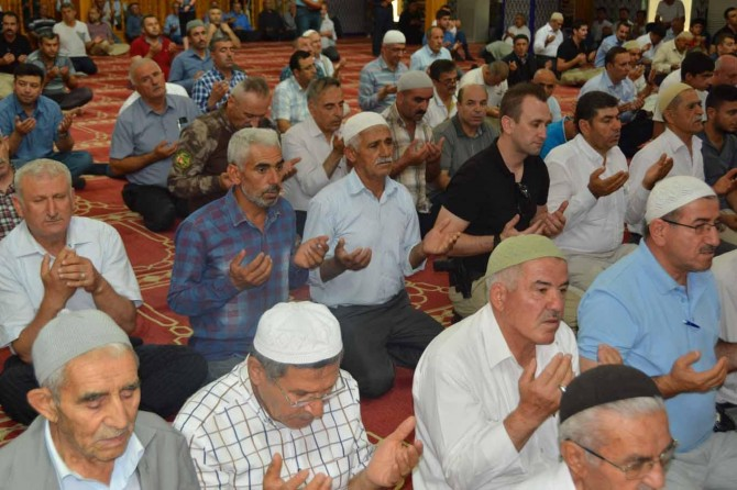 Siirt'te 15 Temmuz şehitleri için mevlit okutuldu