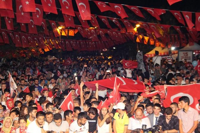 Diyarbakır'da 15 Temmuz etkinliği düzenlendi