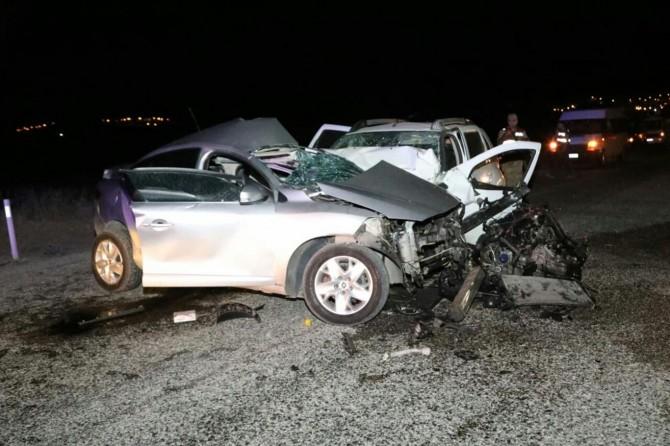Batman'da mıcırlı yolda bir kaza daha: 1 ölü 4 yaralı