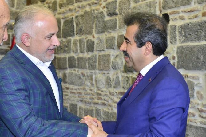 Vali Güzeloğlu, Kızılay Genel Başkanını kabul etti