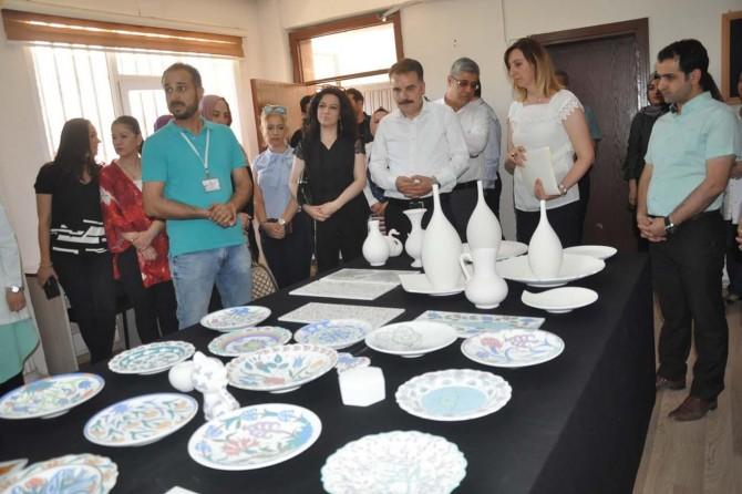 Kızıltepeli kadınlar çini kursu yılsonu sergisi açtı