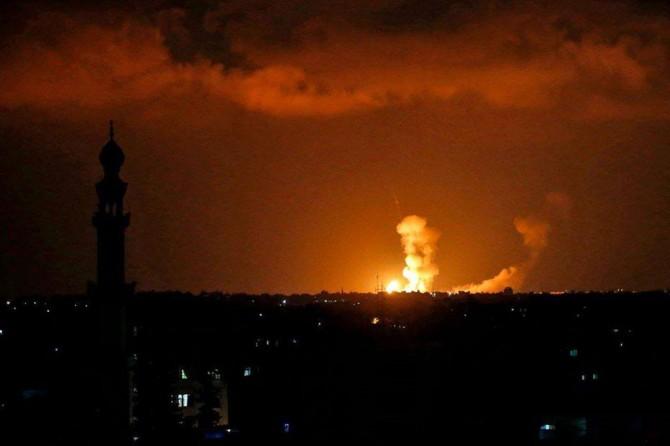 Siyonistler Gazze'ye saldırı başlattı