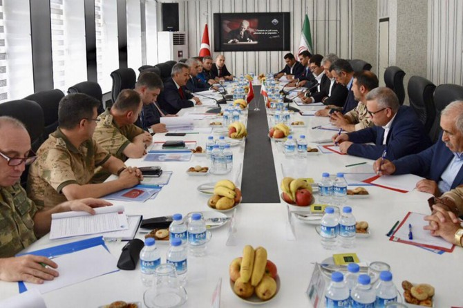 Ağrı'da güvenlik komite toplantısı yapıldı