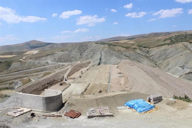 Elazığ Kanatlı Barajı'nda çalışmalar devam ediyor
