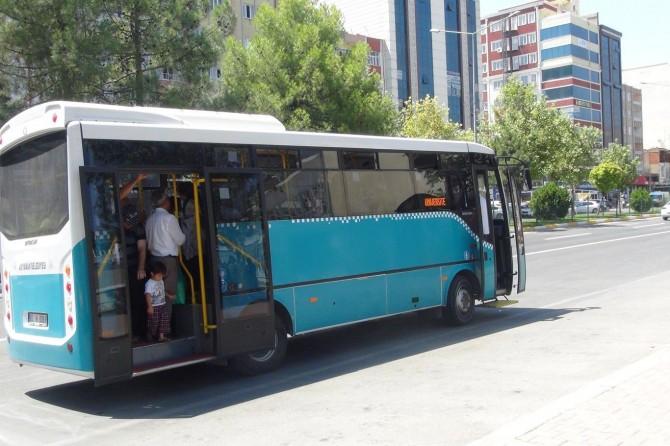 Adıyamanlılardan pembe otobüs talebi