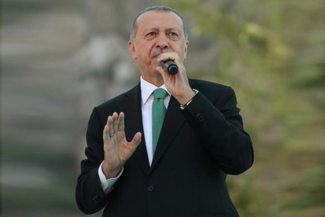 Cumhurbaşkanı Erdoğan: Türkiye'yi tehditle yola getirmek yanlıştır