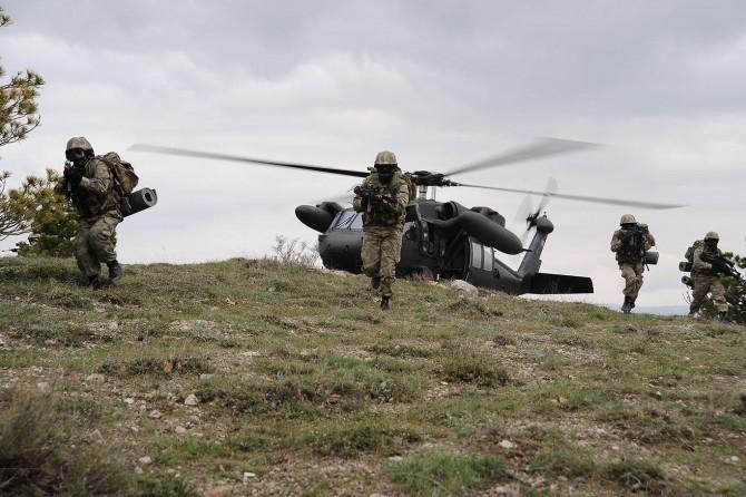 Hakkari Çukurca'da 4 PKK'li öldürüldü