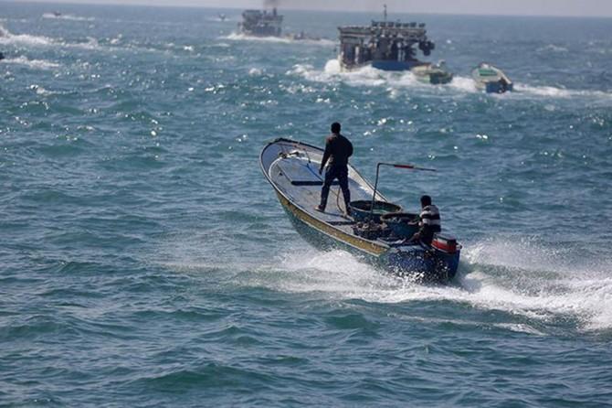 Siyonistler 5 balıkçıyı alıkoydu
