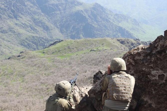 Tunceli'de çatışma: 2 PKK'li öldürüldü
