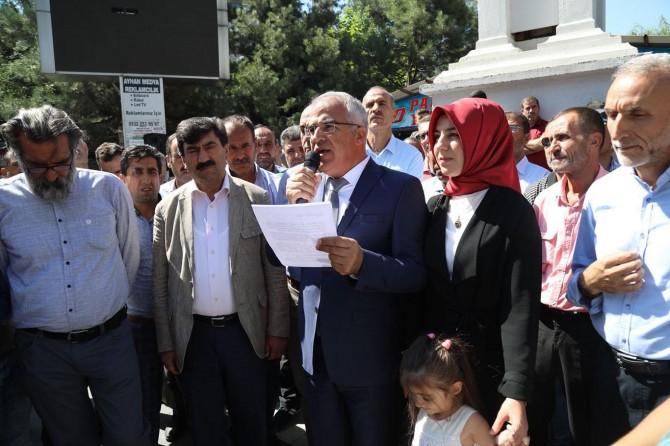 """Bingöl Belediye Başkanı Barakazi'den """"ekonomiye destek"""""""