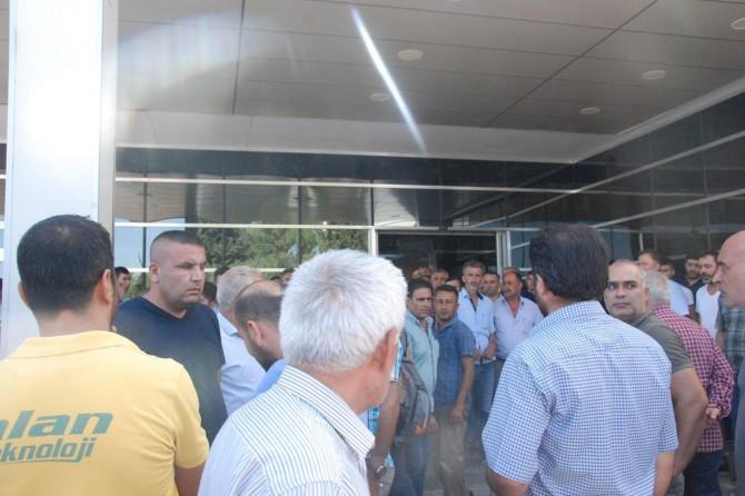 Adıyaman'da CHP milletvekiline tepki: HDP ile işbirliği yapıp açıklama yapma hakkınız yok