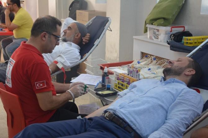 Kan toplama TIR'ı Batman Kozluk'ta