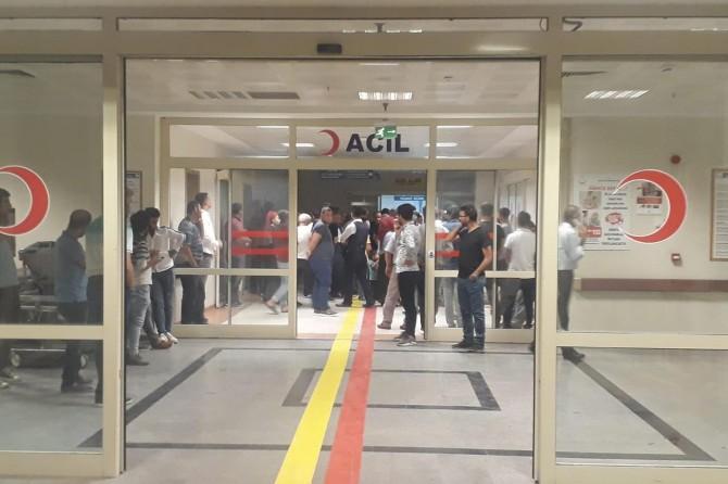 Siirt Kurtalan'da kopan elektrik telleri halkın üzerine düştü: 5 yaralı
