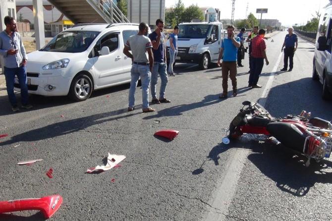Bingöl'de otomobil ile motosiklet çarpıştı: 1 yaralı