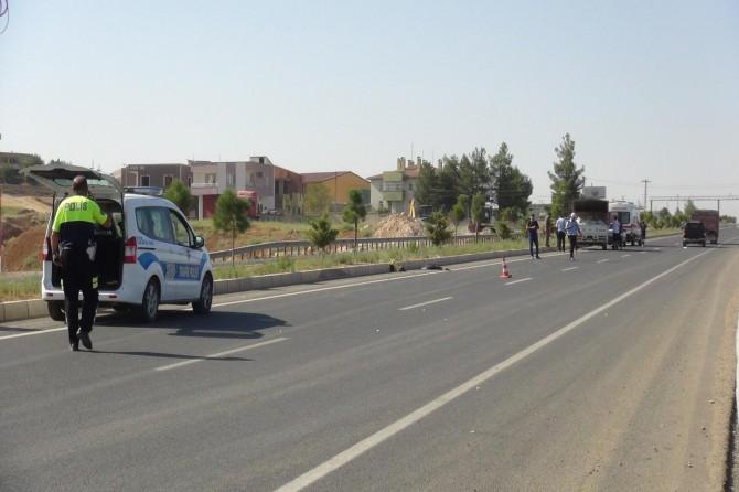 Çınar'da kamyonetin çarptığı anne ve 40 günlük bebeği hayatını kaybetti