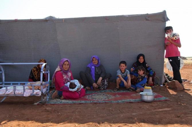 Siviller İdlib'i terk ediyor