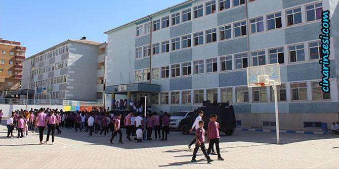 Silopi'de yaklaşık 40 bin öğrenci okula başladı