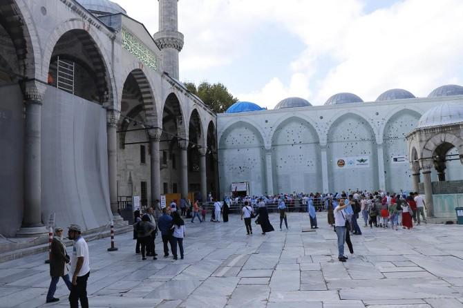 İstanbul Sultanahmet Camii'nde restorasyon çalışmaları sürüyor