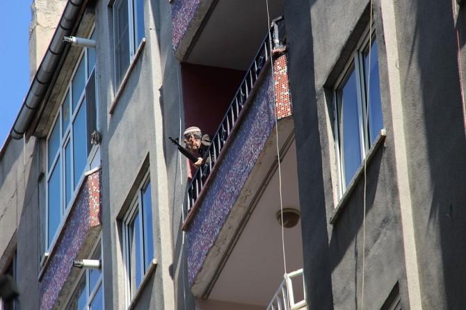 Diyarbakır'da av tüfeğiyle havaya ateş açan yaşlı adam korkuttu