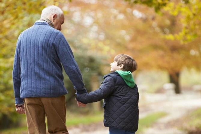 Alzheimer hastalarına egzersiz şart