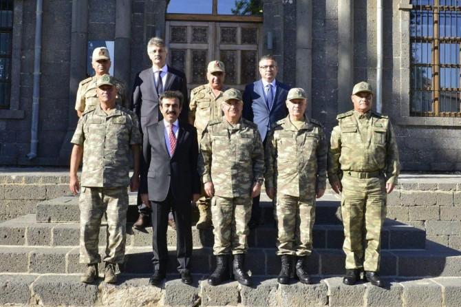 Genelkurmay Başkanı Güler Diyarbakır'da