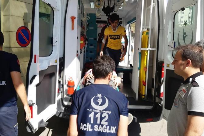 Kontrolden çıkan otomobil takla attı: Biri ağır 4 yaralı